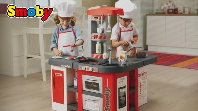 Sommerküche Smoby : Xxl kinderküche mit einzigartiger blubberwasser funktion smoby